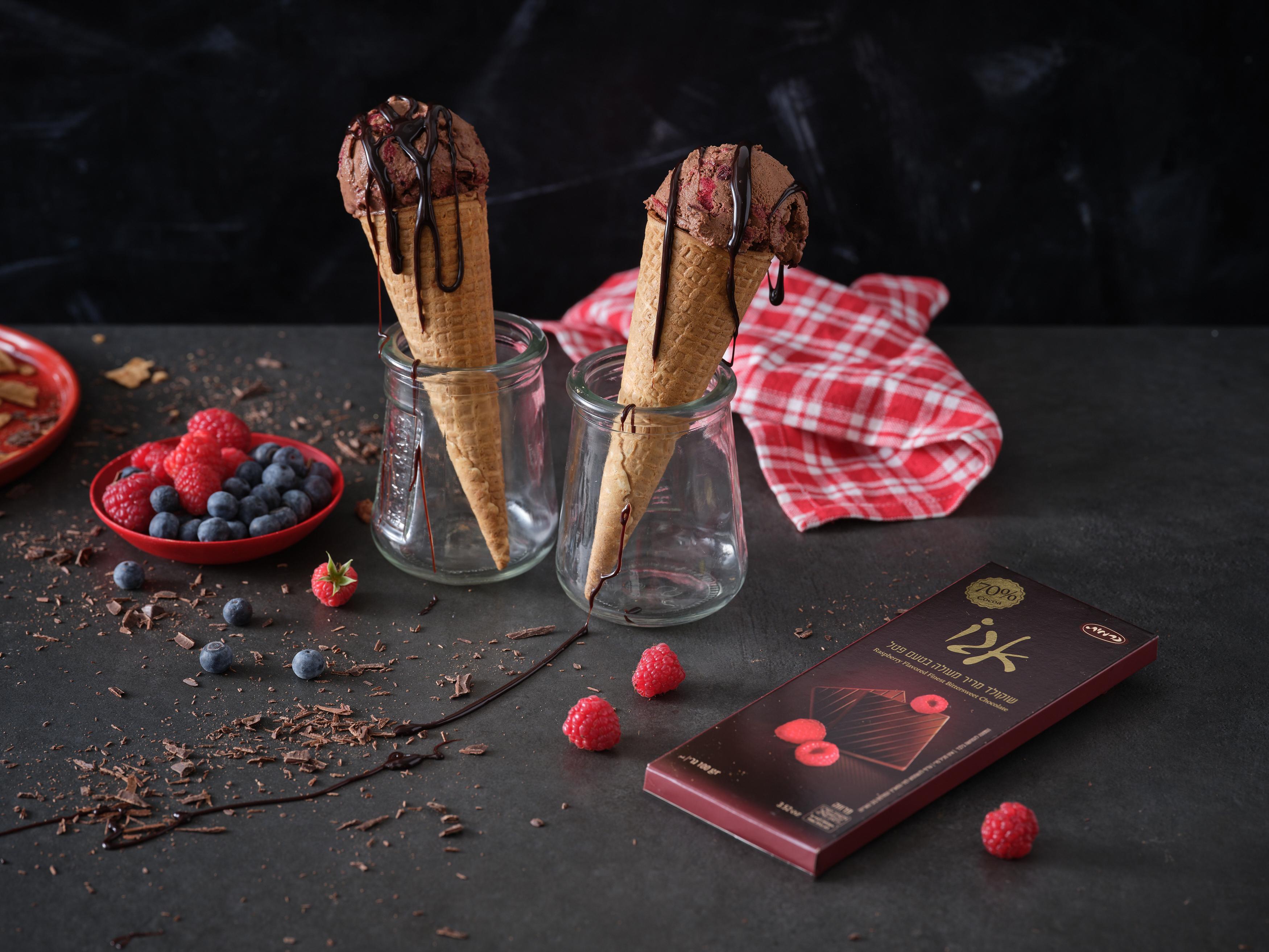 גלידה ביתית בטעם שוקולד פטל